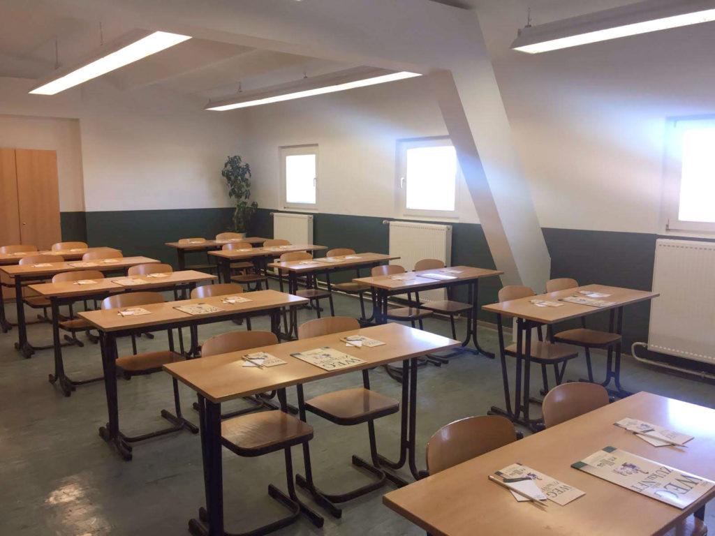 klassenzimmer faos